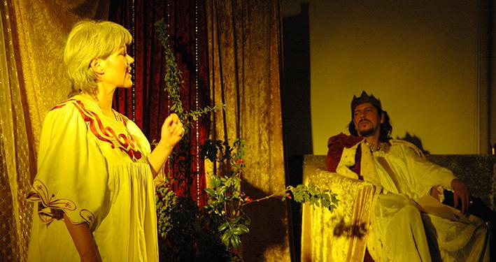 Frei Geschichten und Märchen erzählen - Die Märchenerzählerin und der König
